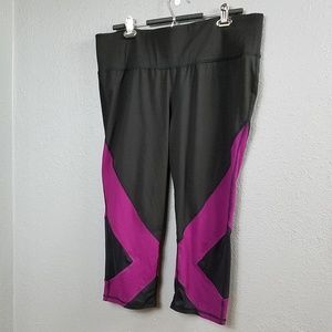 Livi Active by Lane Bryant leggings 18 20 Work Out